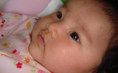 赤ちゃんのお目目