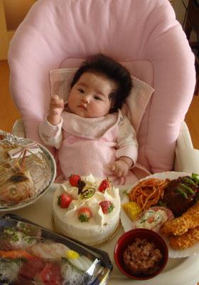 大食いしそうな赤ちゃん
