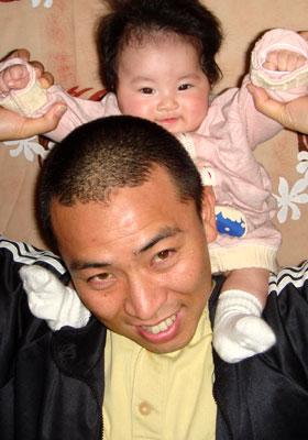 肩車が好きな赤ちゃん