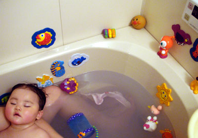 お風呂のオモチャ